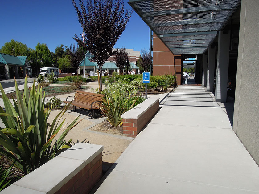 Garden Walk Mall: Pollock Landscape Architects